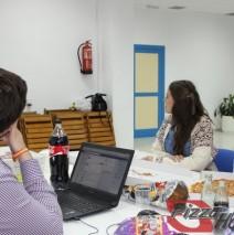 Noche de pizza y debate electoral en Roquetas